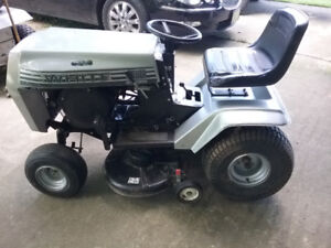 1974 White Yard Boss GT 1000 Riding Lawn Tractor