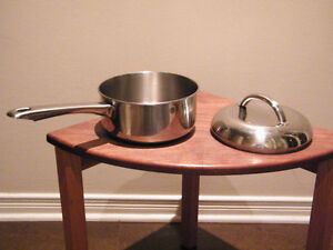 "SAUCEPAN, GOVERNOR'S TABLE, COPPER STAINLESS STEEL ""TRI-PLY"" BA"