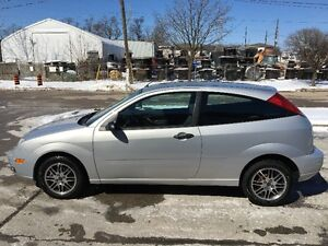 2005 Ford Focus ZX3 Hatchback - Certified & E-Tested - Low KM