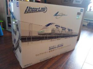 Linear Liner magnetic levitating train set *UNOPENED*