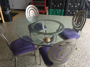 Ethan Allen Modern Dining Room Table & Chairs
