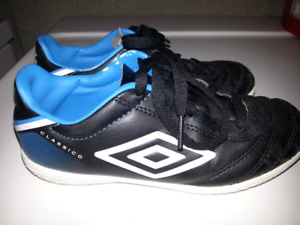 Good Condition, Size 2 Boys, Umbro Indoor Soccer Shoes