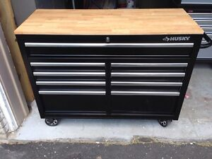 Husky Heavy Duty 46 Inch Tool Box / Chest (Wood Top)