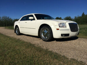 2005 Chrysler 300-Series Touring Sedan