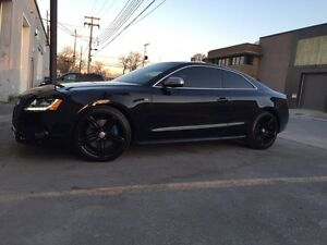 Audi S5 2010 Fully Equipped with Audi Warranty