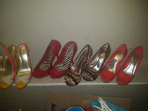 Size 7 women shoes ..
