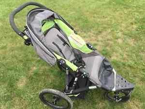 Poussette / Stroller pour Jogging - Voyager Fun Runner G2