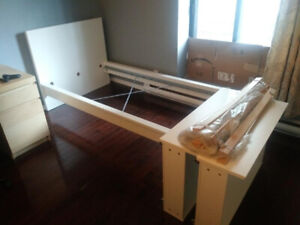 IKEA twin bed with 2 drawers (white)