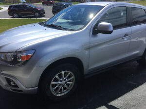 ONLY 90K. PRICED TO SELL!! 2012 MITSUBISHI  RVR!!