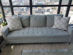 Couch - Beautiful, stylish and comfy