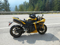 2009 YZF-R1 Standard and Low Km