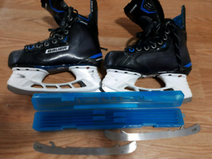 Bauer Nexus 8000 Skates Size 2.5 with extra set of blades