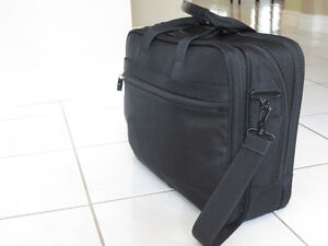 Samsonite Laptop Briefcase Kitchener / Waterloo Kitchener Area image 2