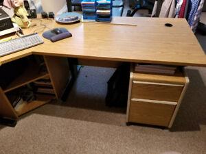 Office/desk furniture