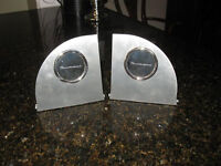 2002 - 2005 FORD THUNDERBIRD STAINLESS STEEL BOOK ENDS NOW 10.00