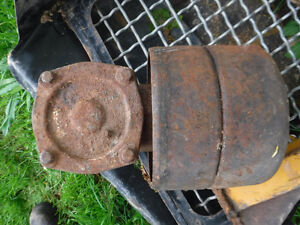 TRACTOR PTO GEAR BOX AND PULLEY