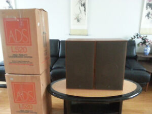 ADS L520 Vintage Speakers with original boxes