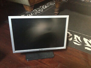 Dell Moniter  with HDMI  for sale London Ontario image 1