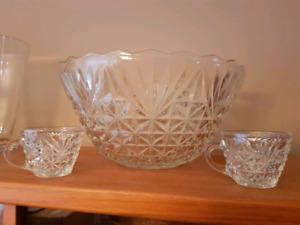 Crystal punch bowl set $30
