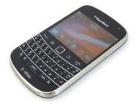 Blackberry 9900 for sale ( unlocked )