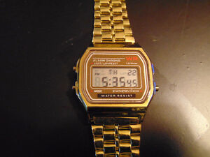 MEN'S GOLD COLOURED DIGITAL WATCH Edmonton Edmonton Area image 2