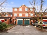 4 bedroom house in Telegraph Place, Isle of Dogs E14