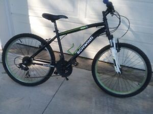 SCHWINN ATLAS MOUNTAIN BIKE**VERY LIGHT**
