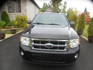 2010 FORD ESCAPE 4X4 XLT 2.5 L  AUTOMATIQUE PRIX FERME