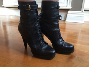Burberry Laced-up Leather Ankle Boots West Island Greater Montréal image 1