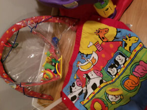 Exersaucer and baby items