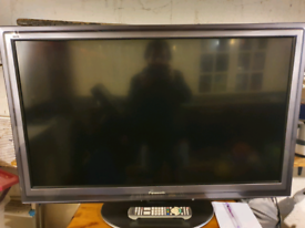 "42"" LCD TV Panasonic Freview & Freesat"