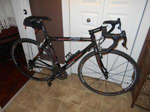 Vélo de route Norco CRR Carbone