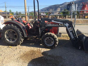 MASSEY 354S 4WD TRACTOR AND ATTACHMENTS