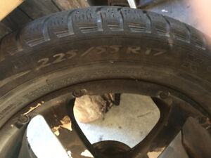 Michelin winter tires 225 55 R17 on Enkie