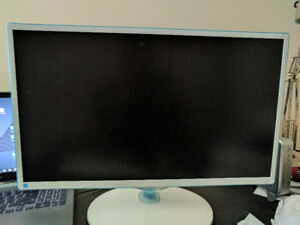 Samsung 23.6-Inch Wide Viewing Angle LED Monitor (S24D360HL)