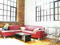 1 min KINGS CROSS Warehouse Conversion, Exposed Brick Work, Huge 2 Double Bedroom with 2 Bathroom