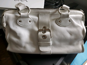 Roots White Leather Purse