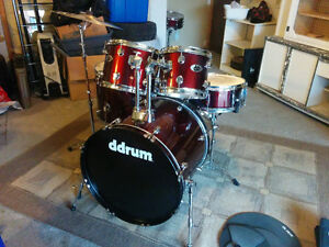 Drum set for sale, great condition!!