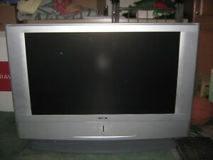 "TV SONY 42"" + Enregistreur DVD SONY"