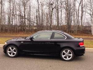 2010 BMW 1-Series 128 Coupe (2 door), Manual transmission