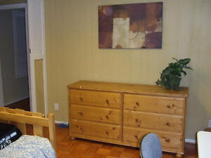 Bright and clean furnished room for a non-smoking female North Shore Greater Vancouver Area image 3