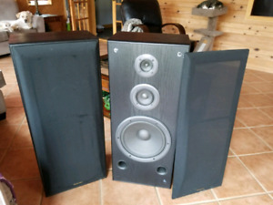 Home Sterio Speakers