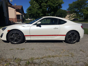 2013 Scion FR-S Pearlescent White Coupe (2 door)
