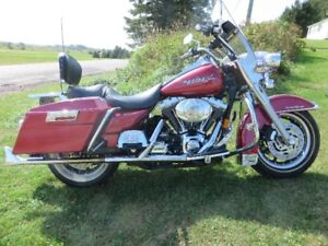 REDUCED.......TO 10,000  Harley Roadking
