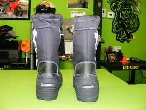 FXR - Kids Boots - Size 1 & Size 4 at RE-GEAR Kingston Kingston Area image 4