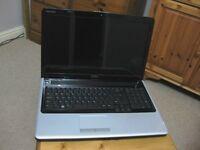 Dell Inspiron 1750 Laptop