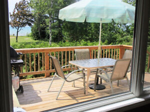 *** LAKEFRONT, Sunshine and Sunsets -SAUBLE BEACH/OLIPHANT ***