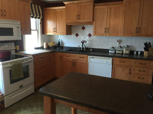 Queens student bedroom: all-inclusive with laundry & dishwasher! Kingston Kingston Area image 3