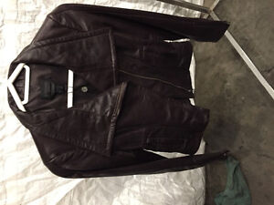 BRAND NEW never worn woman's leather jacket
