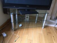 Glass corner tv table